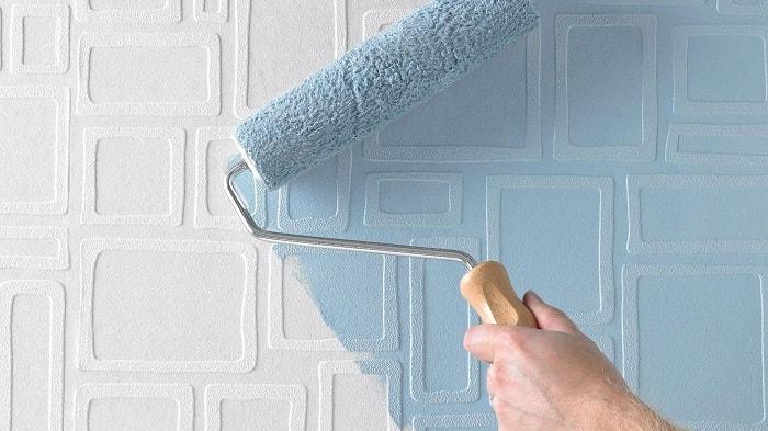 Покраска стен должна быть минимум в 2 слоя