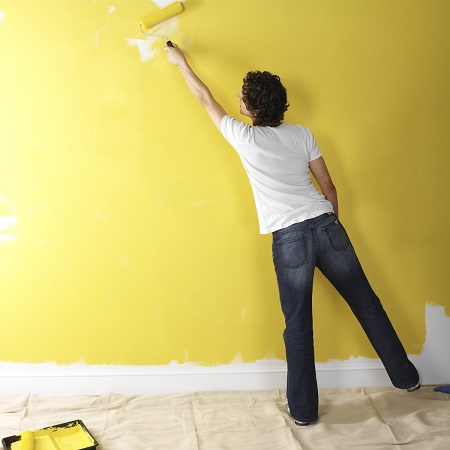 Интерьерная акриловая краска для стен_плюсы и минусы